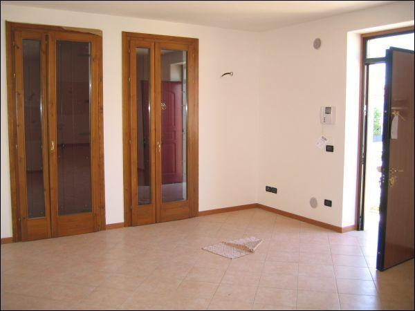 Appartamento in affitto a Lonigo, 4 locali, prezzo € 550 | CambioCasa.it