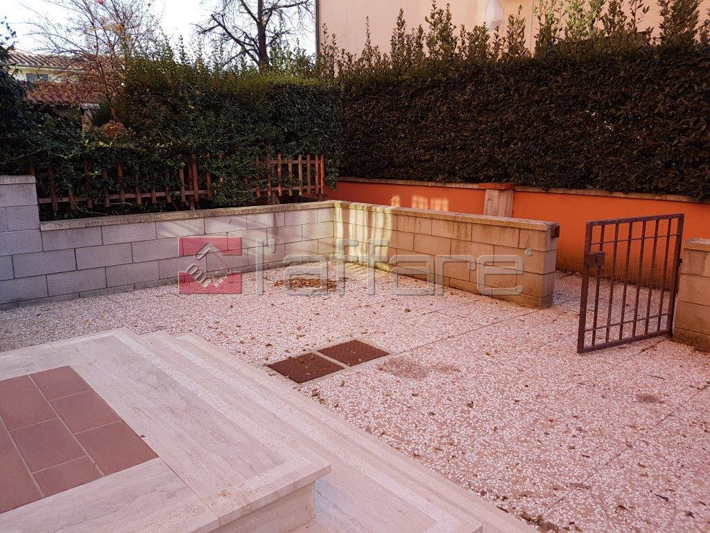 Appartamento in vendita a Ponsacco, 3 locali, prezzo € 105.000 | Cambio Casa.it
