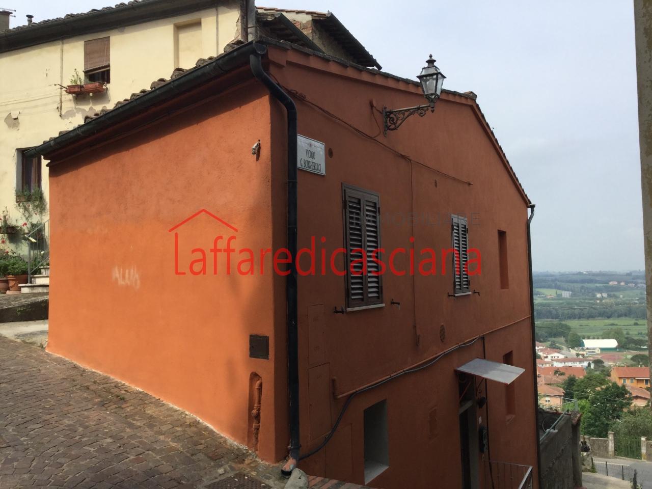 Appartamento in vendita a Peccioli, 2 locali, prezzo € 65.000 | CambioCasa.it