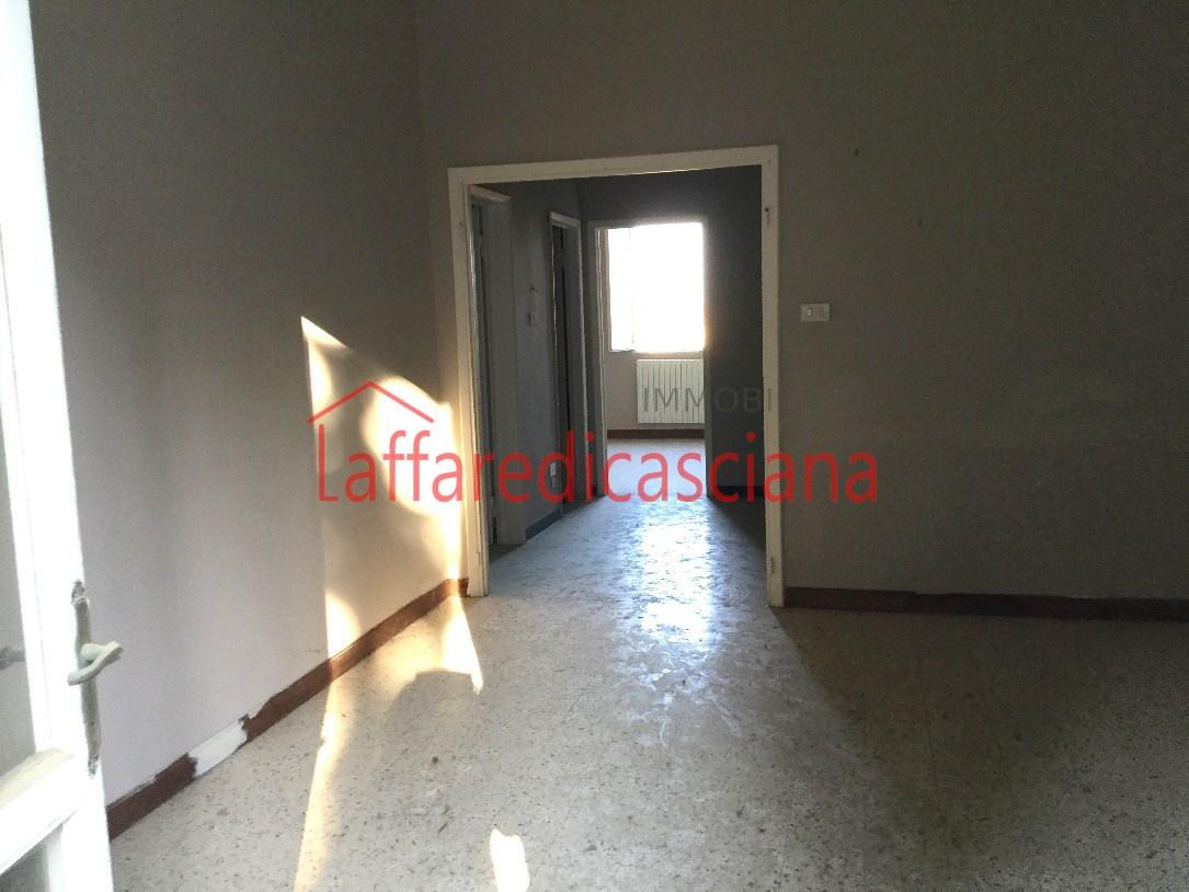 Appartamento in vendita a Chianni, 4 locali, prezzo € 75.000 | Cambio Casa.it