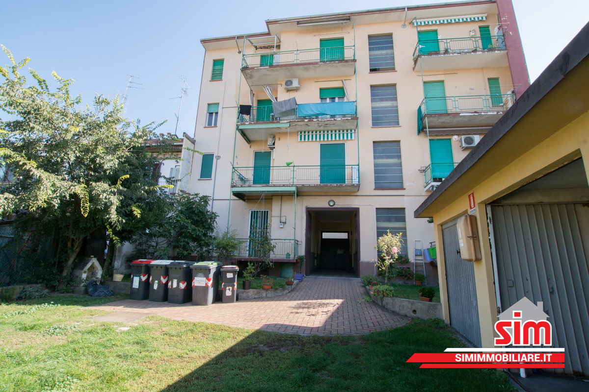 Bilocale Novara Via Marconi Sn 11