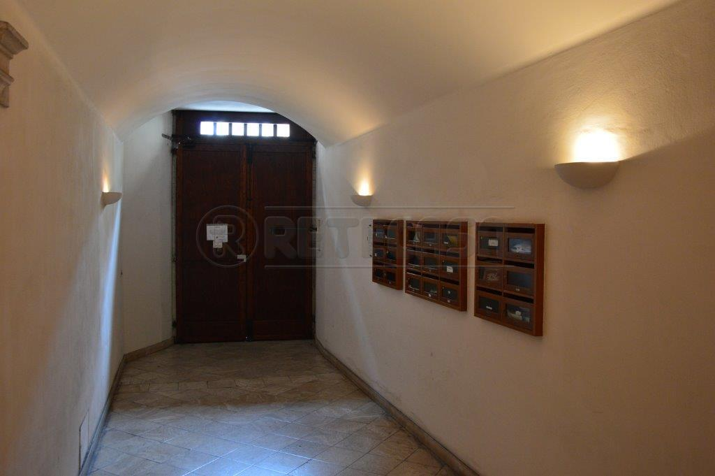 Bilocale Ancona Via Pizzecolli 9