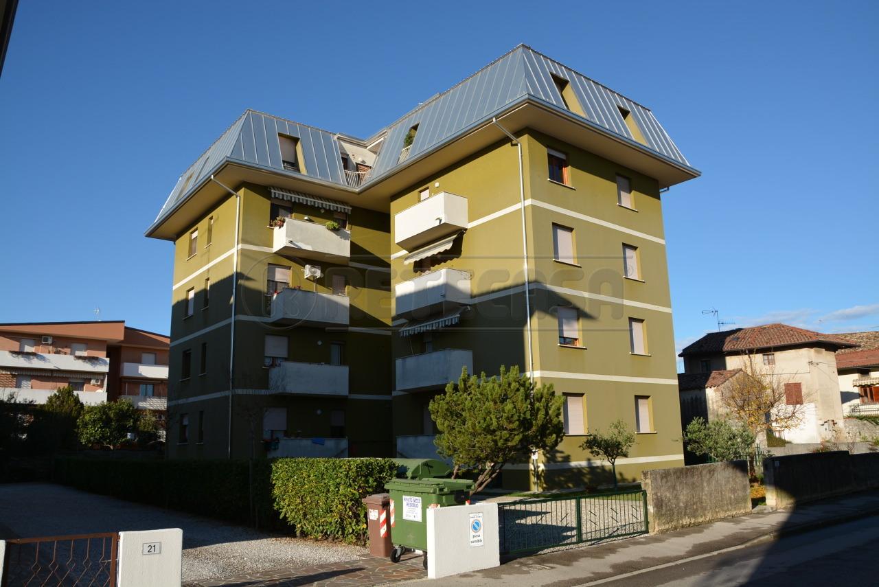 Appartamento in affitto a Romans d'Isonzo, 5 locali, prezzo € 450 | Cambio Casa.it