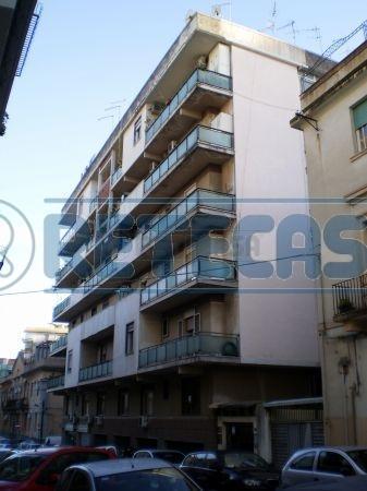 Appartamento, centro storico, Affitto/Cessione - Messina