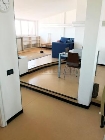 Attico / Mansarda in affitto a Pescara, 2 locali, prezzo € 600 | Cambio Casa.it
