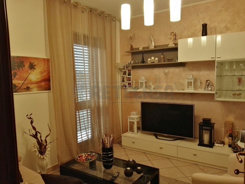 Appartamento in affitto a Mercato San Severino, 3 locali, prezzo € 400 | Cambio Casa.it