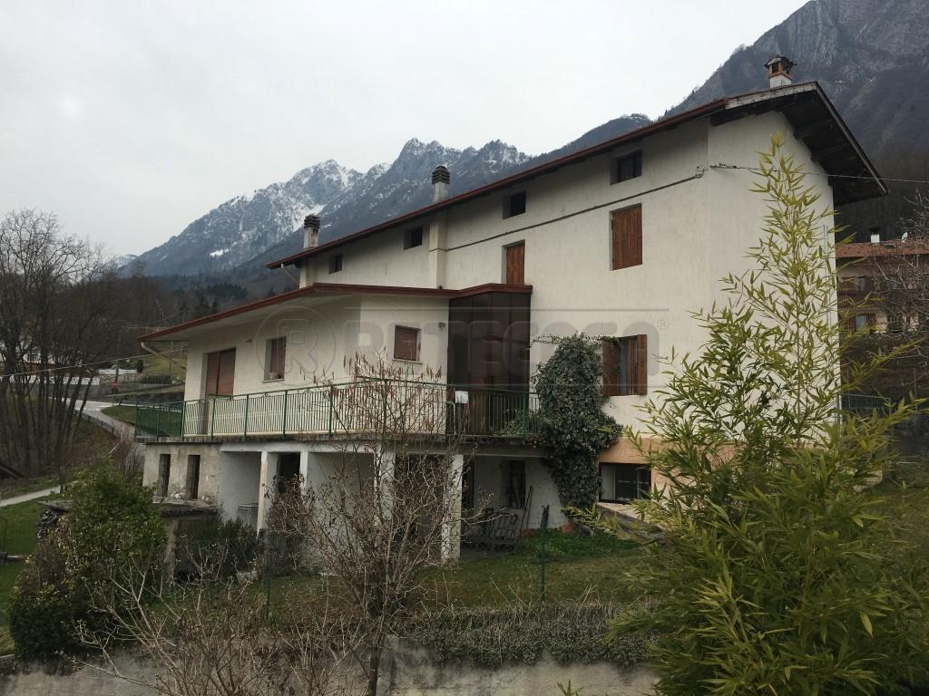 Villa a Schiera in Vendita a Sospirolo