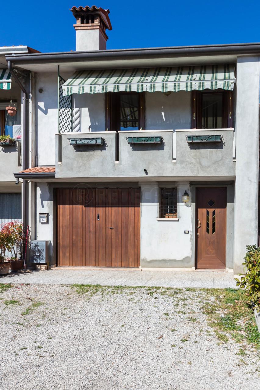 Soluzione Semindipendente in vendita a Mason Vicentino, 6 locali, prezzo € 100.000 | Cambio Casa.it
