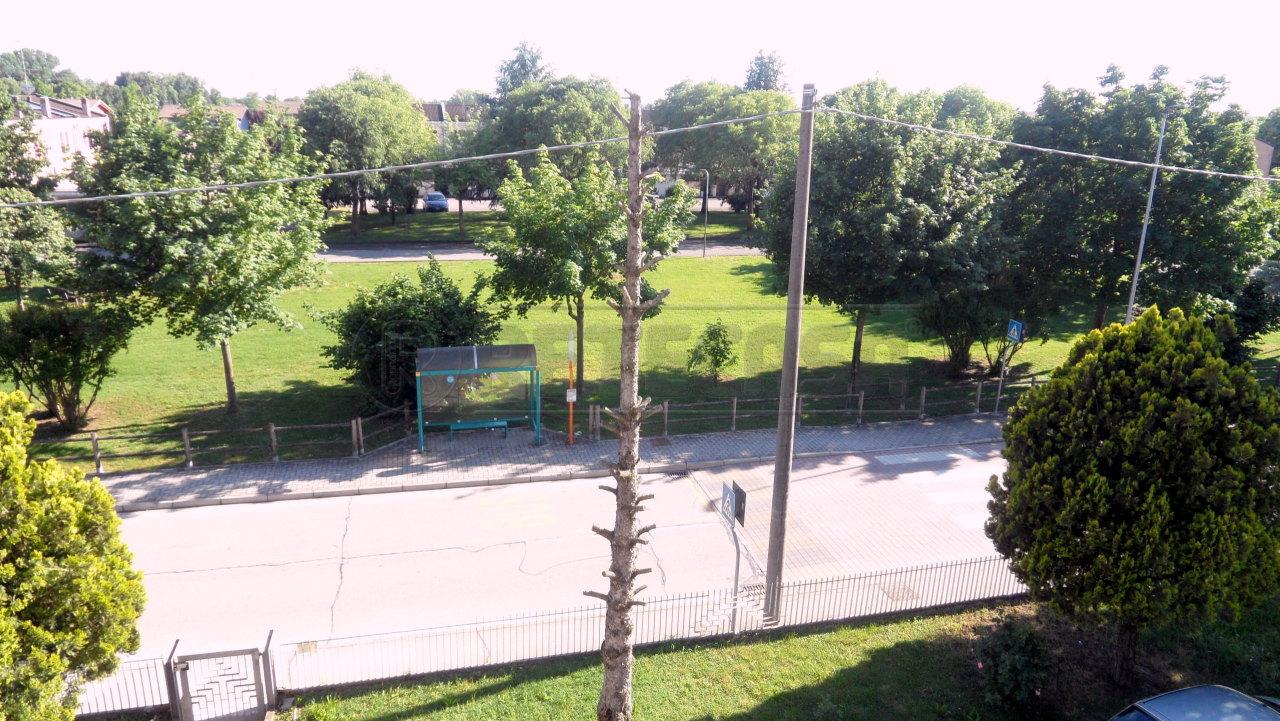 Appartamento 6 locali in vendita a Mantova (MN)