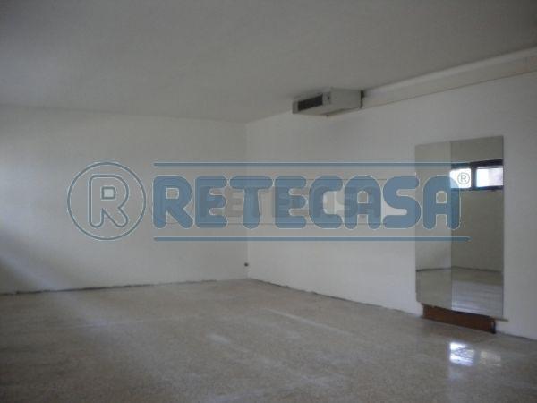 Ufficio / Studio in affitto a Gambellara, 9999 locali, prezzo € 230 | Cambio Casa.it