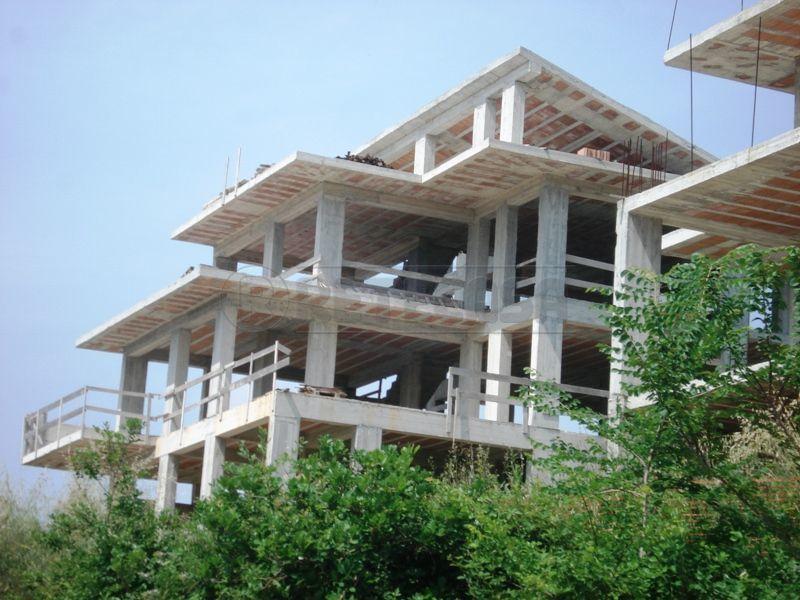 Villa in vendita a Bellona, 9999 locali, prezzo € 260.000 | Cambio Casa.it