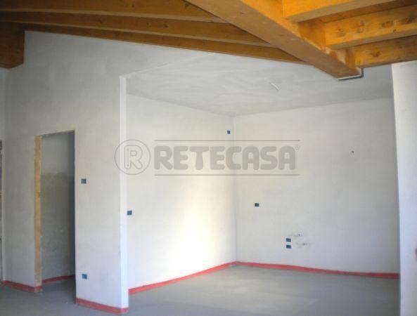 Appartamento in vendita a Roncà, 3 locali, prezzo € 193.000 | Cambio Casa.it