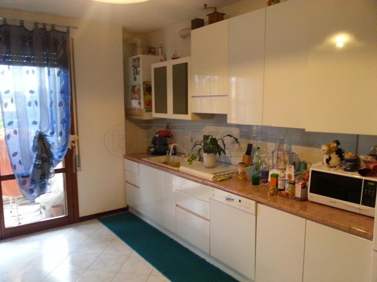 Appartamento in vendita a Massanzago, 9999 locali, prezzo € 89.000 | Cambio Casa.it