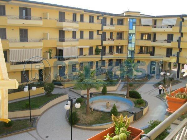 Ufficio / Studio in vendita a Capodrise, 2 locali, prezzo € 90.000 | Cambio Casa.it