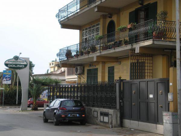 Negozio / Locale in affitto a Capodrise, 9999 locali, prezzo € 2.640 | Cambio Casa.it