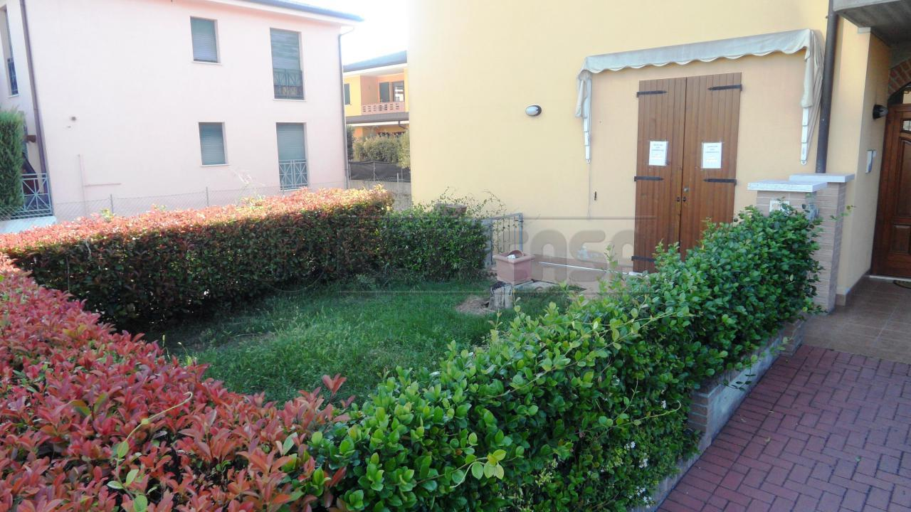 Ufficio / Studio in affitto a Curtatone, 9999 locali, prezzo € 650 | Cambio Casa.it