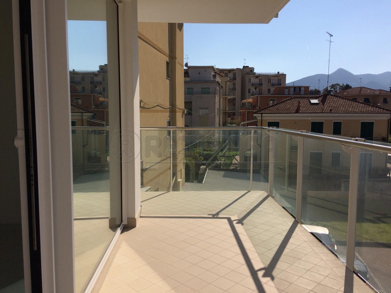 Appartamento in vendita a Loano, 2 locali, prezzo € 340.000   Cambio Casa.it