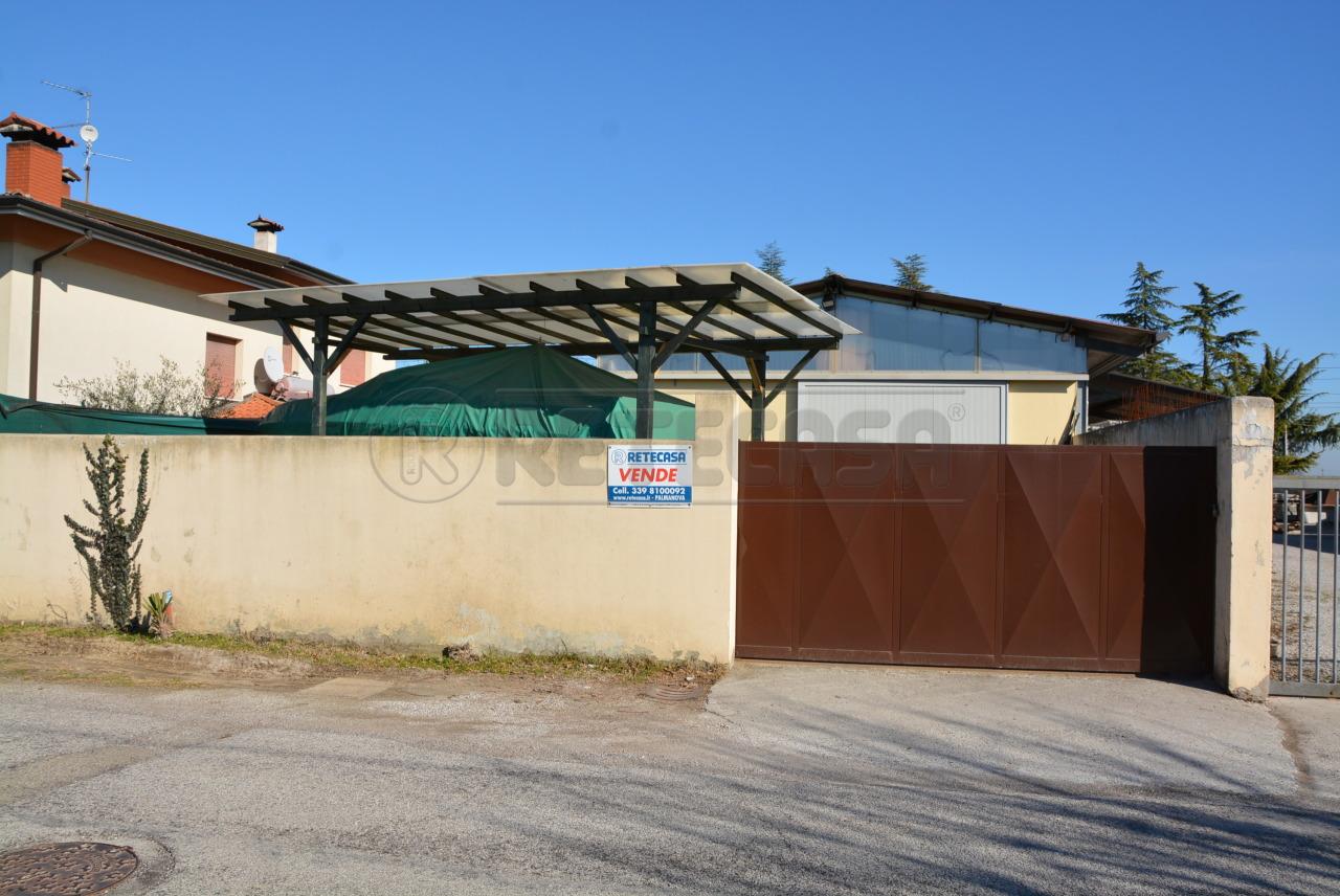 Capannone in vendita a Santa Maria La Longa, 2 locali, prezzo € 109.000 | Cambio Casa.it