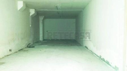 Magazzino in Affitto a Pescara