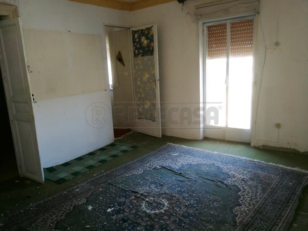 Appartamento, 79 Mq, Vendita - Caltanissetta (Caltanissetta)