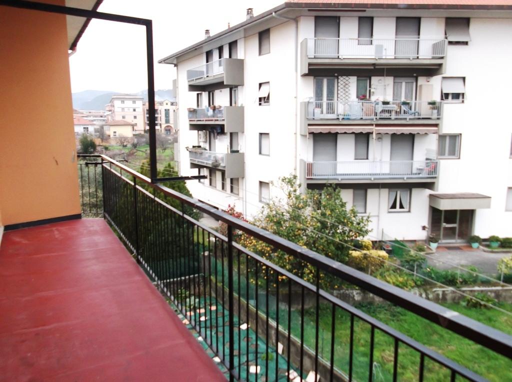 Appartamento in affitto a Sestri Levante, 5 locali, prezzo € 600 | CambioCasa.it