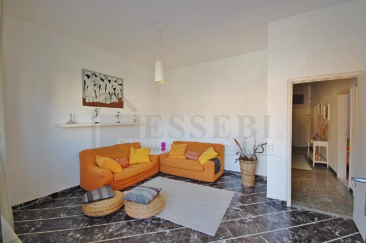 Appartamento in vendita a Seravezza, 4 locali, prezzo € 220.000 | Cambio Casa.it