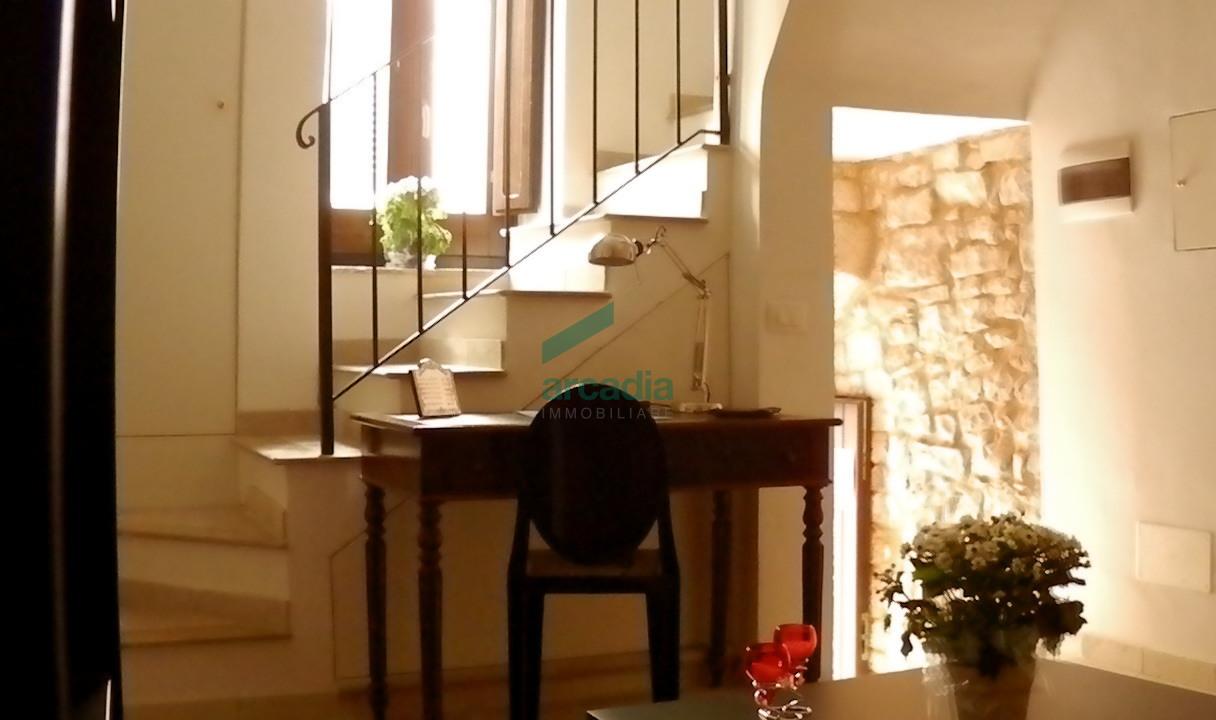 Soluzione Indipendente in vendita a Conversano, 3 locali, prezzo € 95.000 | CambioCasa.it