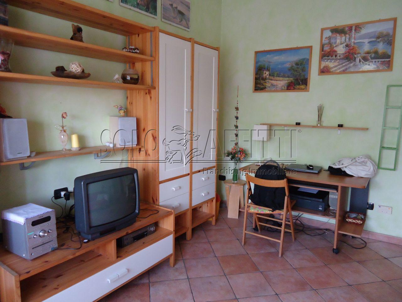 Bilocale Rozzano Via Bergamo 4 3