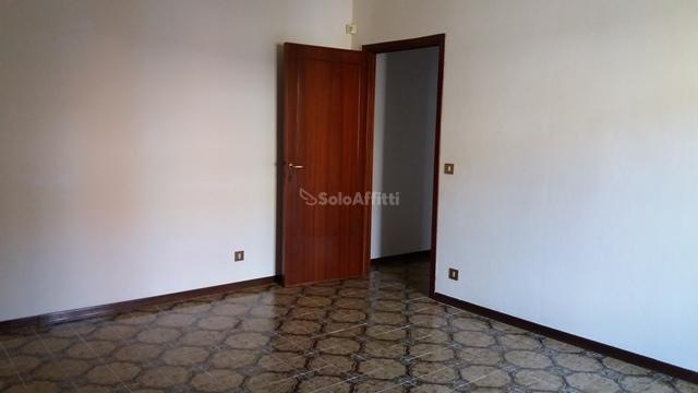 arezzo affitto quart: centro affari 2b-s.r.l.-di-barra-rosa-e-betti-danilo