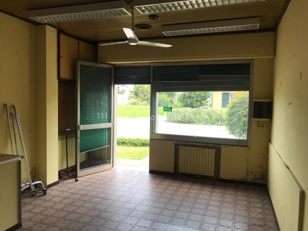 Capannone in affitto a San Martino Dei Mulini, Santarcangelo Di Romagna (RN)
