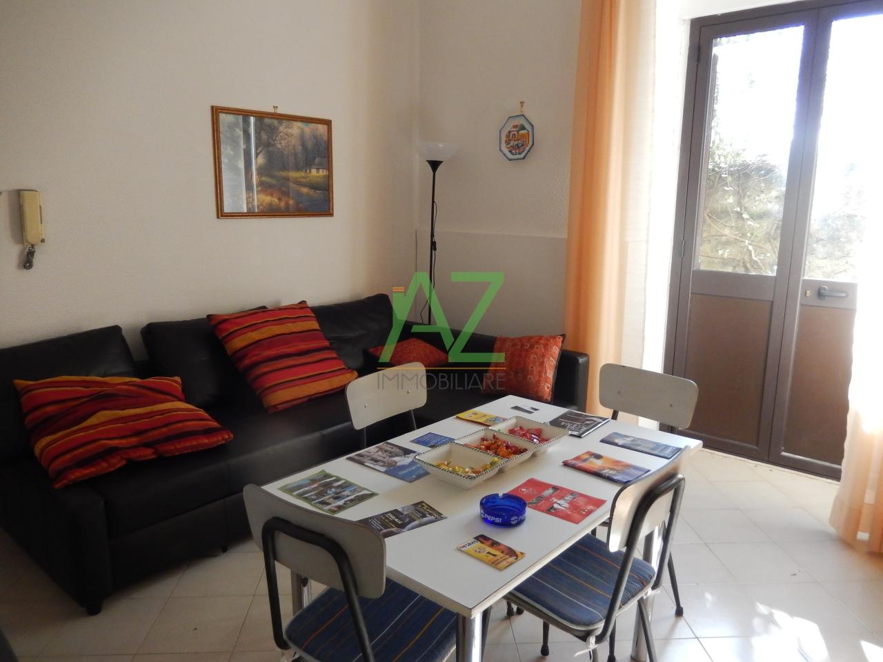 Appartamento in affitto a Zafferana Etnea, 2 locali, prezzo € 350 | Cambio Casa.it