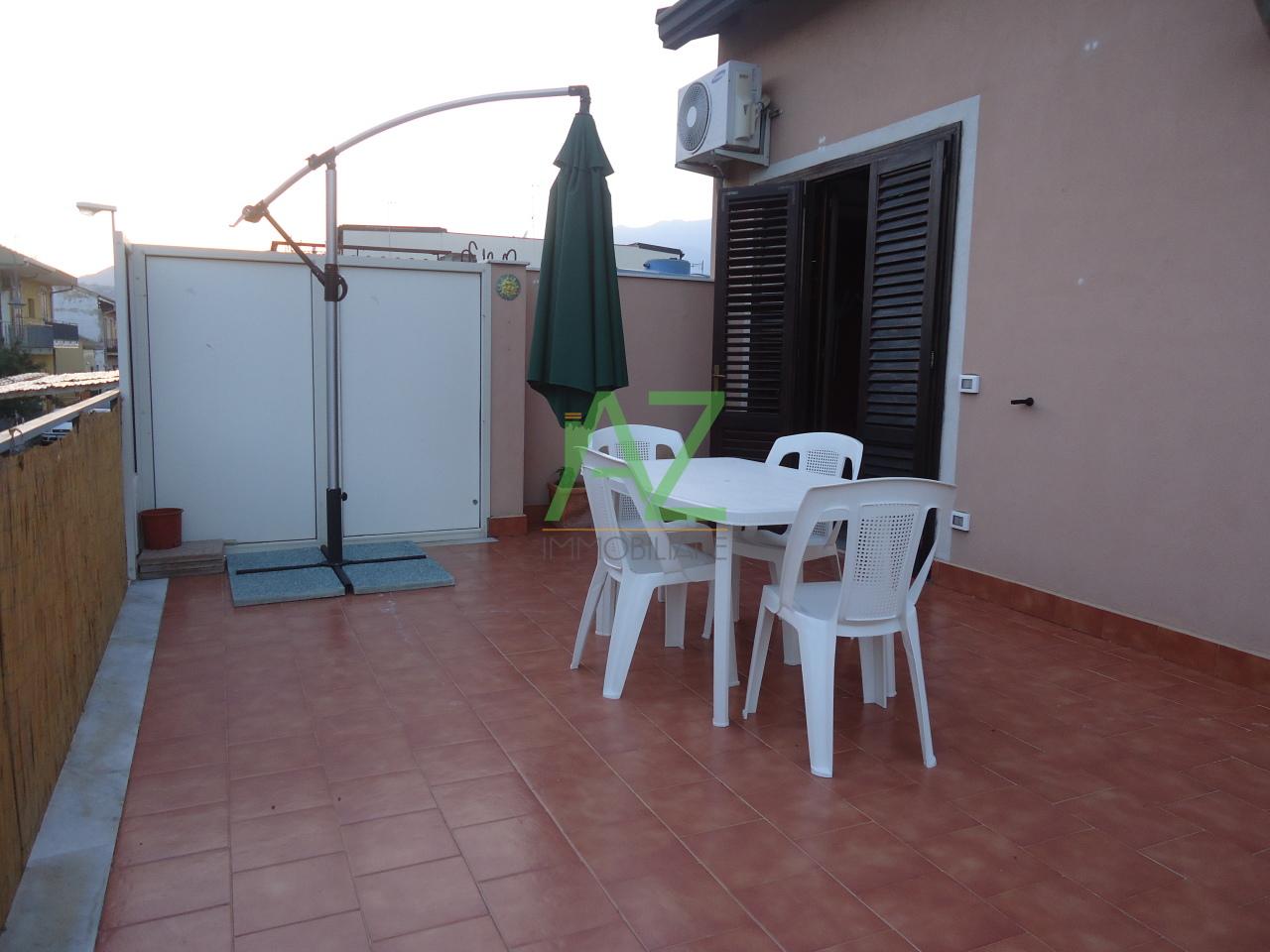 Appartamento in affitto a Acireale, 4 locali, prezzo € 450 | Cambio Casa.it