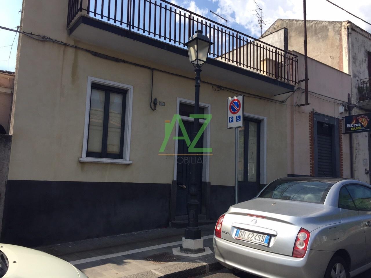 Soluzione Indipendente in vendita a Belpasso, 4 locali, prezzo € 78.000 | Cambio Casa.it