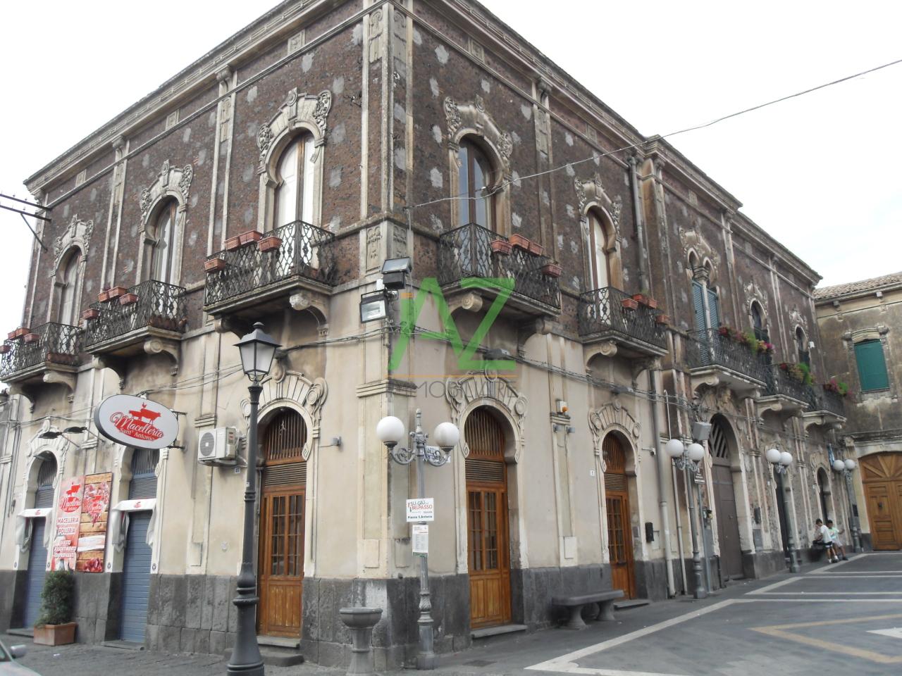 Negozio / Locale in vendita a Belpasso, 9999 locali, prezzo € 145.000 | Cambio Casa.it