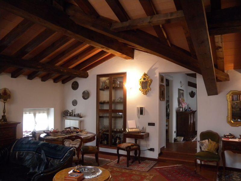 Appartamento in vendita a Parma, 4 locali, prezzo € 260.000 | Cambio Casa.it