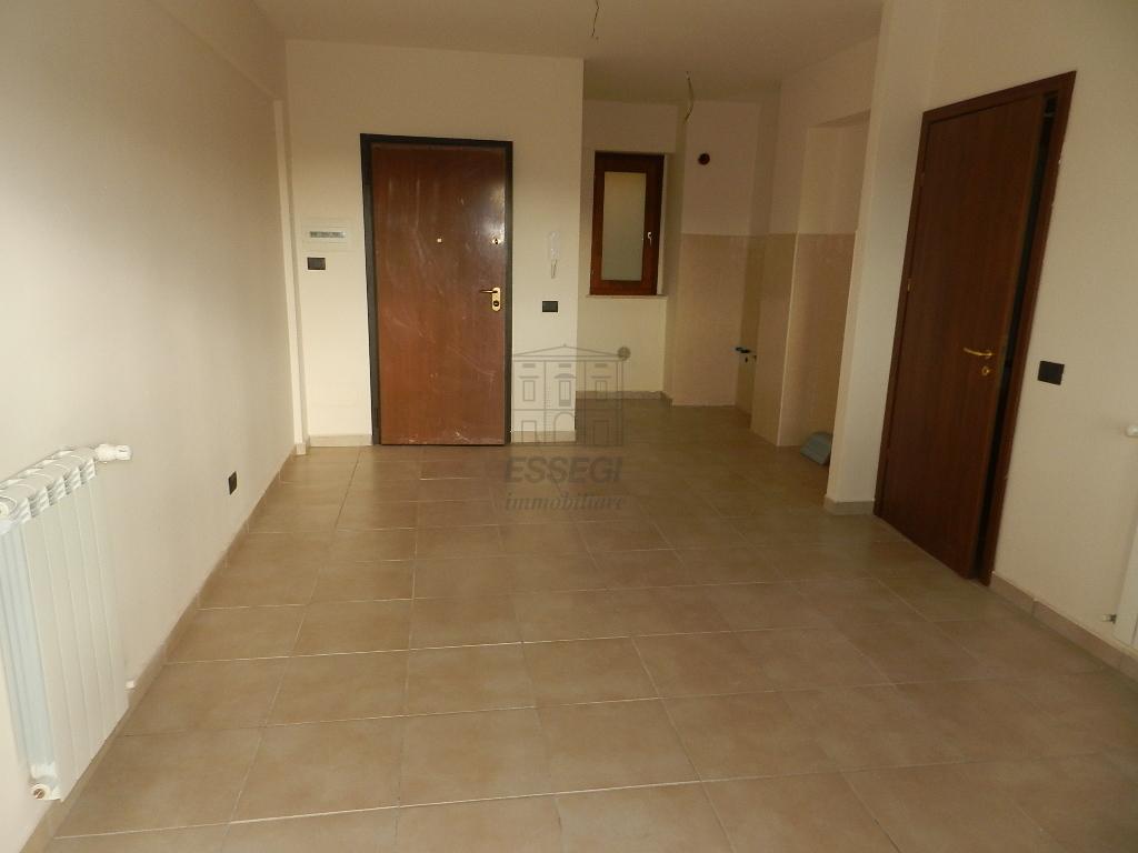 Appartamento in vendita a Lucca, 3 locali, prezzo € 95.000   Cambio Casa.it