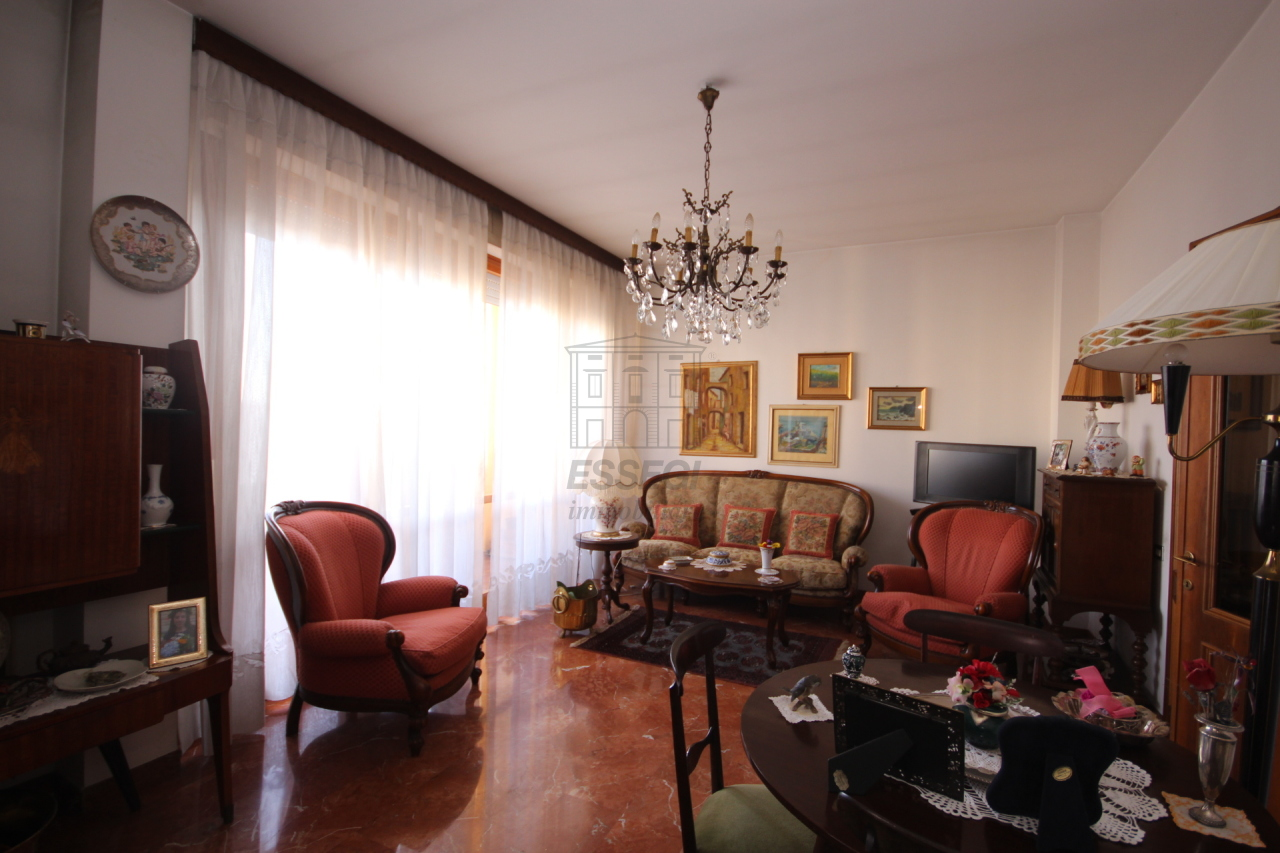 IA03070 Lucca Circonvallazione