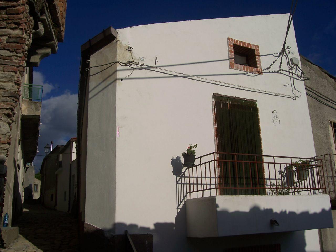 Soluzione Indipendente in vendita a Bova, 2 locali, prezzo € 50.000 | Cambio Casa.it
