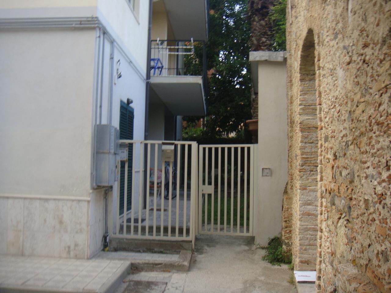 Bilocale Reggio di Calabria Gallico Marina 2