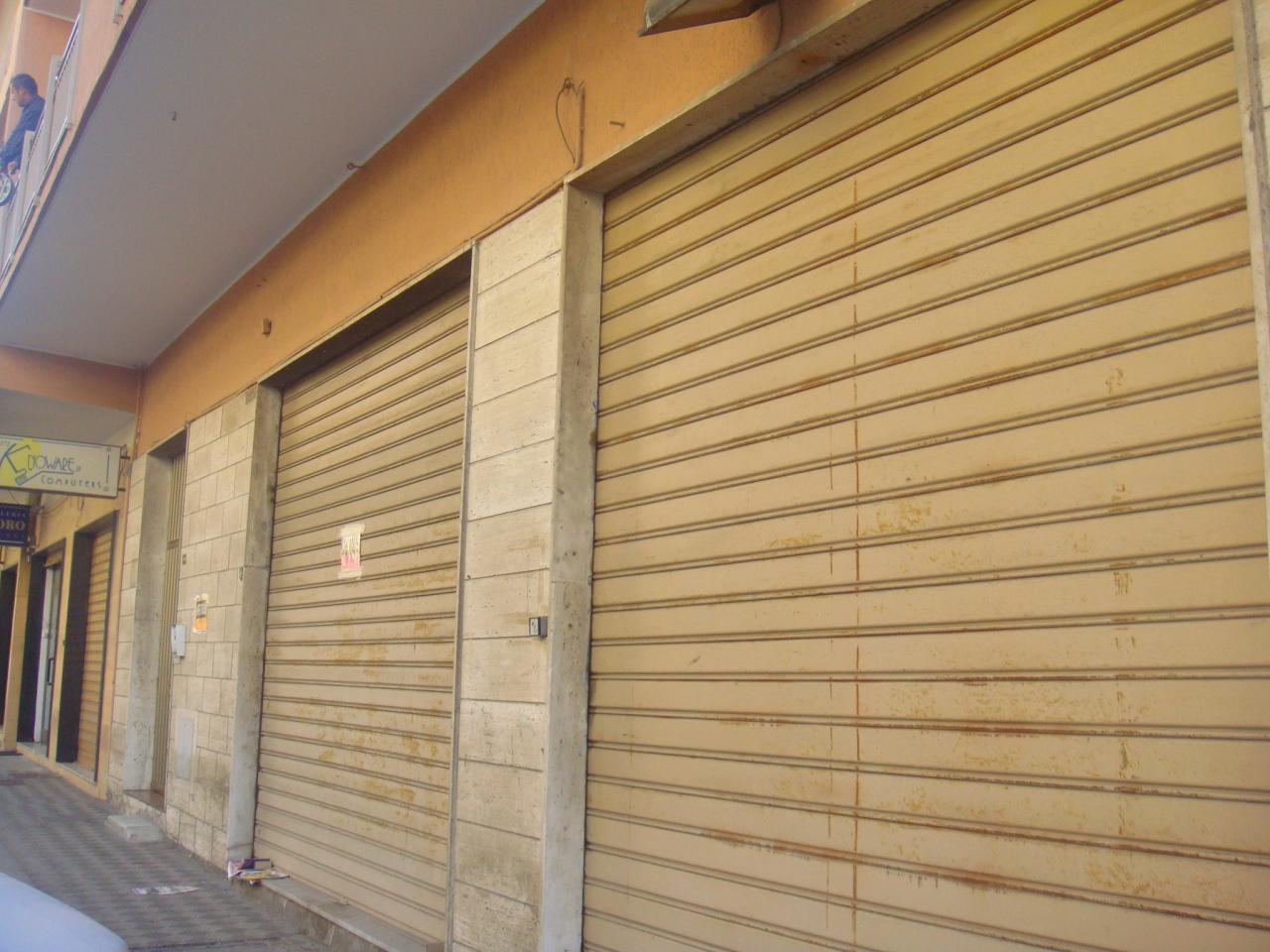Capannone in affitto a Reggio Calabria, 1 locali, prezzo € 450 | Cambio Casa.it