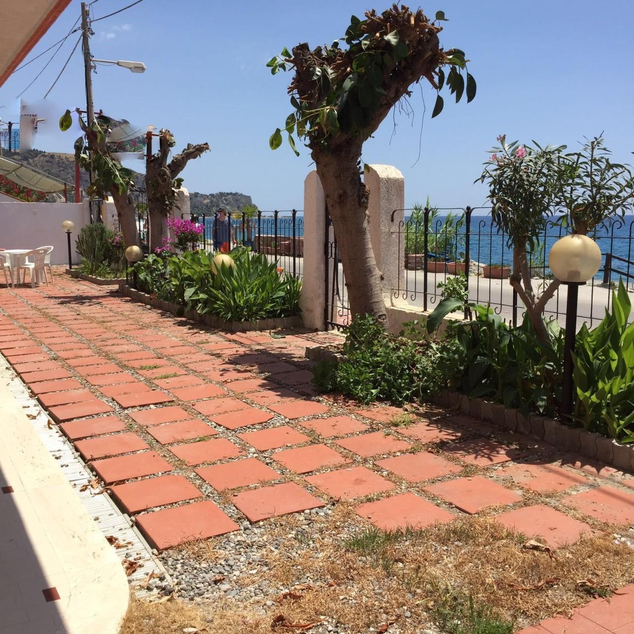 Appartamento in affitto a Bova Marina, 3 locali, prezzo € 1.300 | Cambio Casa.it