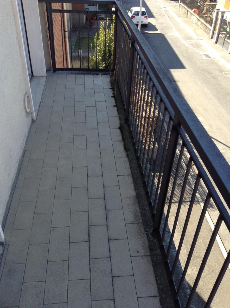balcone strada.JPG