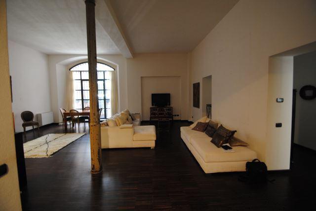 Appartamento in vendita a Pavia, 3 locali, prezzo € 670.000   Cambio Casa.it