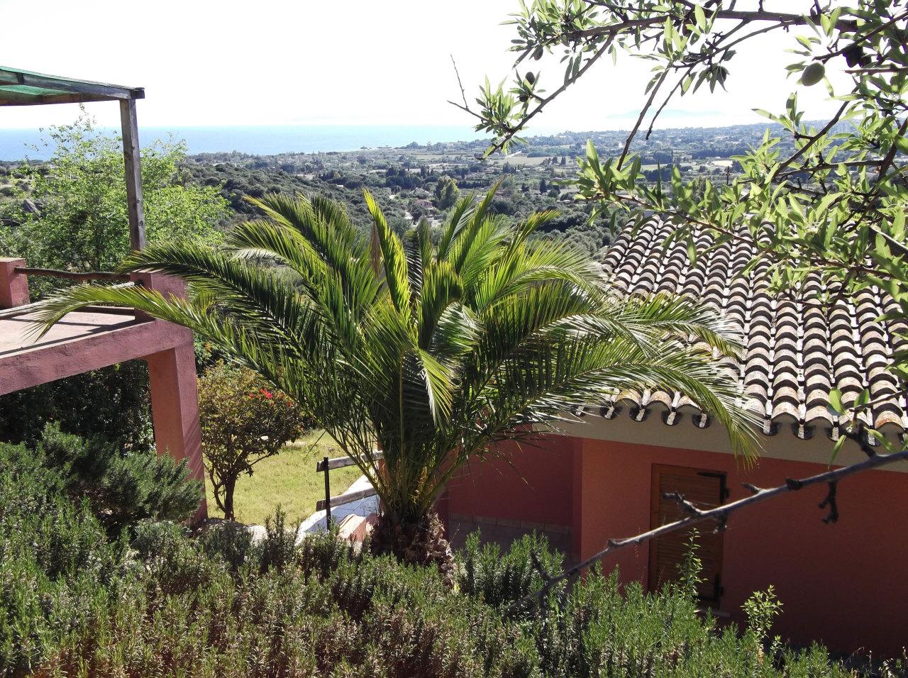 Villa in vendita a Quartu Sant'Elena, 5 locali, prezzo € 330.000 | Cambio Casa.it