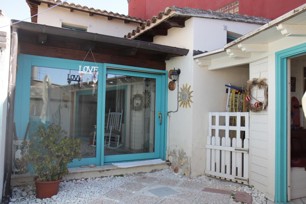 Soluzione Indipendente in vendita a Monastir, 3 locali, prezzo € 115.000 | CambioCasa.it