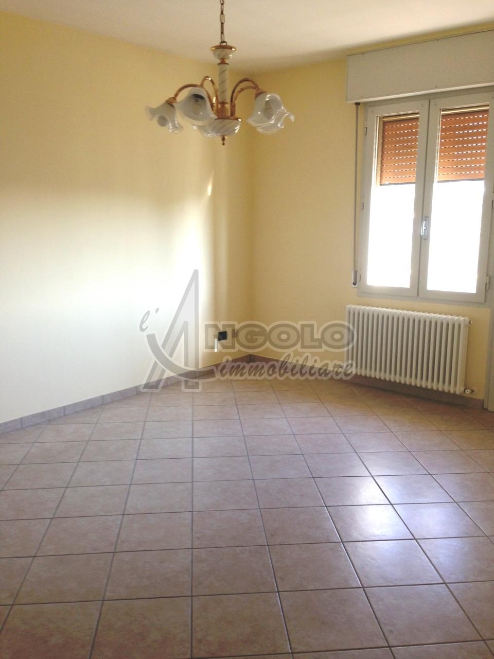 Attico / Mansarda in vendita a Occhiobello, 5 locali, prezzo € 63.000 | Cambio Casa.it