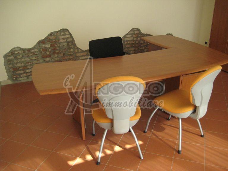 Ufficio diviso in ambienti/locali in vendita - 35 mq