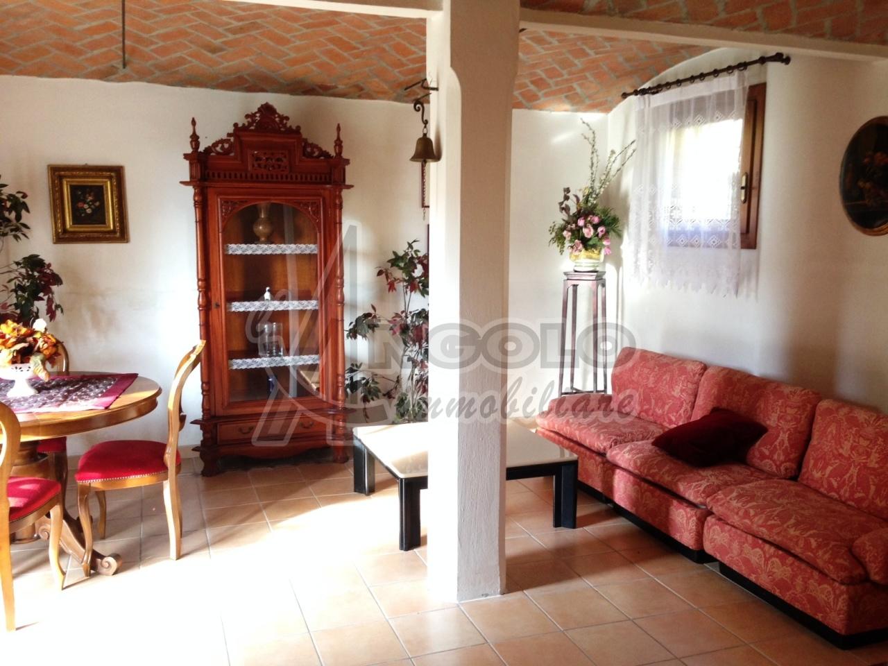 Appartamento in affitto a Occhiobello, 4 locali, prezzo € 475 | Cambio Casa.it