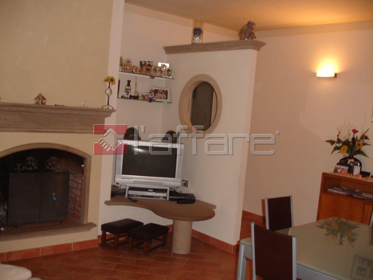 Appartamento in affitto a Capannoli, 3 locali, prezzo € 450 | CambioCasa.it