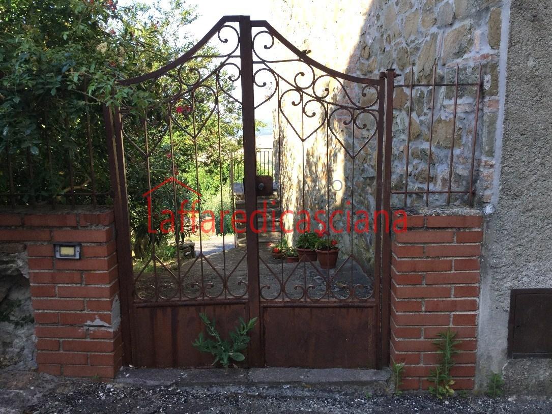 Soluzione Indipendente in vendita a Chianni, 11 locali, prezzo € 250.000 | Cambio Casa.it